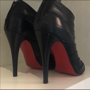 🎀Sale🎀 Christian Louboutin Ankle booties